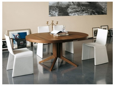 Bryant Extendable Dining Table