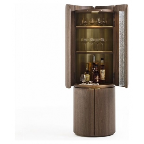 Mary Drinks Cabinet 3
