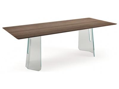 Pliè Dining Table – Wood Veneer with Heat Treated Oak Finish