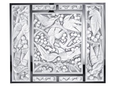 Merles et Raisins Head Down decorative panel