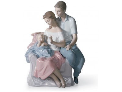 A Circle of Love Family Figurine