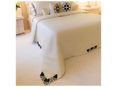 Raisins beaded bed-cover
