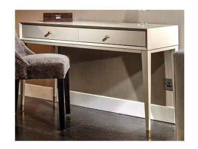 Bayeux dressing table